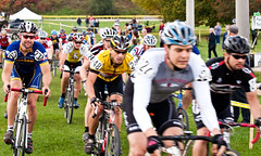 Guelph Cyclocross (Toronto Rob) Tags: race cycling guelph cx cyclocross 2010 speedriver d90