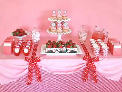 sweetstrawberrypartydesserttable
