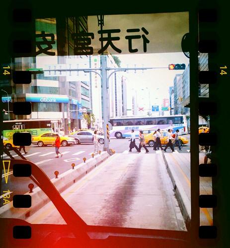 公車專用道