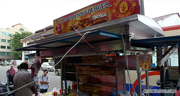 Old Trafford Burger woh.... there's even Manchester United logos all over