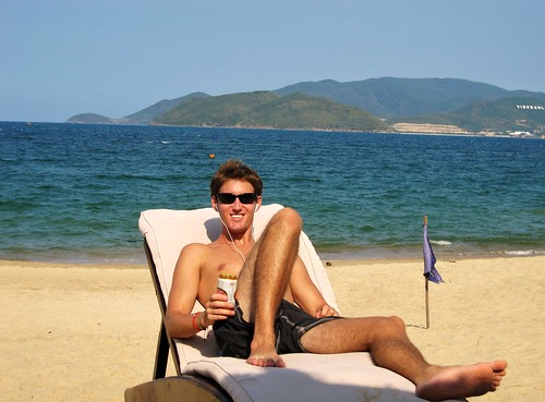 Nha Trang Beach - Greg Chilaxing