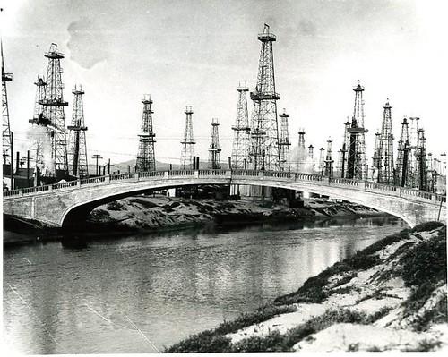 venice oil wells364
