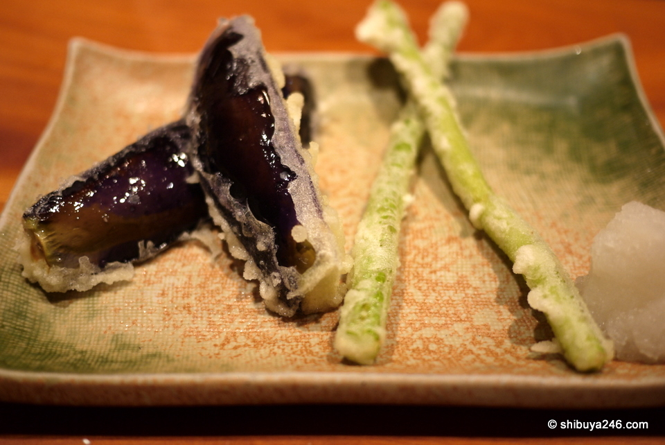 Egg plant and asparagus in tempura style