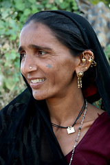 Asia - India / Gujarat (RURO photography) Tags: india tourism fun asia asahi bijoux tribal tourist jewellery tribes asie tribe indi indien anthropology indi tribo gujarat stam inde nationalgeographic ethnology azi tribu indland  indija  stammen juwelen gujarati stmme etnia tribus supershot ethnique tribue indegenous ethnie kartpostal tribalgroup enstantane anawesomeshot voyageursdumonde journalistchronicles  guzerate discoveryexpeditions fadingcultures ethnograaf ethnografisch vanishingculture culturasperdidas indegenoustribal verdwenenculturen inspiredelite rudiroels tribalgirl indegenouspeople    tribus    gujart  gucerat gudarat