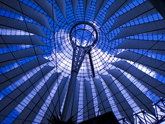Potsdammer Platz: Sony Center (Rossella De Amici) Tags: berlin architecture germany sonycenter architettura germania berlino mygearandmepremium mygearandmebronze mygearandmesilver