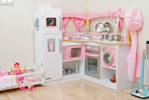 Детская кухня для девочек из коробок своими