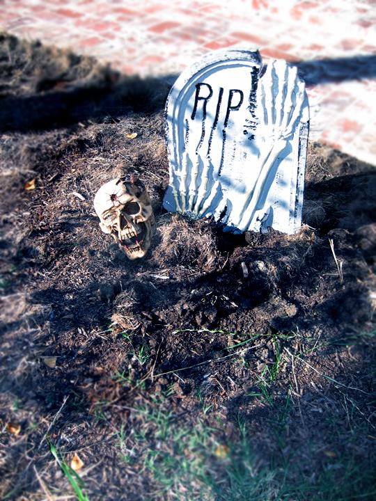 halloween outdoor decorations + tombstones+skeleton+graveyard+halloween