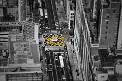 Tilt-shift test with selective B&W (Multimaniaco) Tags: nyc bw ny newyork cab taxi bn nuevayork tiltshift
