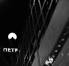 Metro (tradewinds>) Tags: street bw paris stairs march nikon noir metro perspective blanc d90