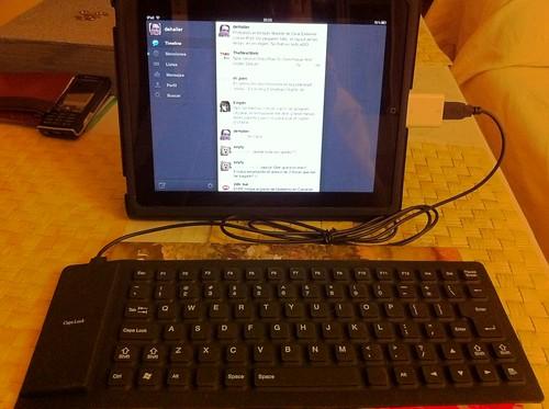 iPad y teclado flexible