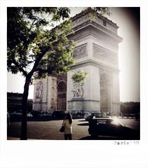 (Nohition) Tags: travel paris canon ledefrance 2010 larcdetriomphe champslyses nohition