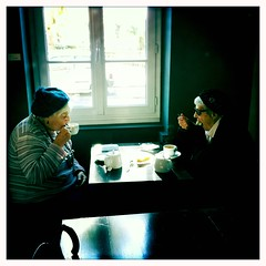 4 pm (Stphane Giner) Tags: life old woman thea time femmes th gouter stephaneginer