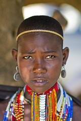 Young Erbore Lady - Ethiopia (Steven Goethals) Tags: travel portrait people face canon eos decoration culture tribal adventure peoples explore human valley 7d tribes omovalley tradition ethiopia tribe ethnic tribo visage ethnology tribu omo eastafrica etiopia ethiopie blackskin arbore ethnique ethiopië erbore goethals weyto africadelest stevengoethals