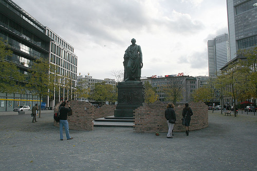 Goethe-Statue