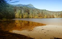 Espejo natural (hoskitar) Tags: naturaleza santafe cat mirror reflex pantano espejo reflejo catalunya reflexos reflexes montseny pantà pantanodesantafe pantàdesantafe