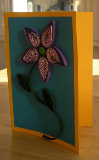 Purple quilled flower card