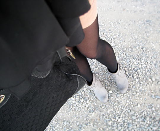 shorts and tights and boots+rocks and vintage gucci