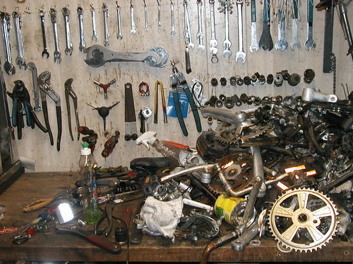 workbench and more bike crap
