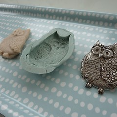 mrs owl | process (the beauty is in the detail . . .) Tags: uk silver woodland handmade brooch craft jewelry owl mold mould whimsical pmc silverclay artclaysilver jewelllery finesilver metalclay rubbermould 999silver mrsowl thebeautyisinthedetail sculpeymoldmaker