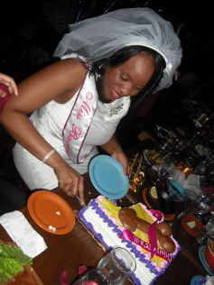 Chi with Cake