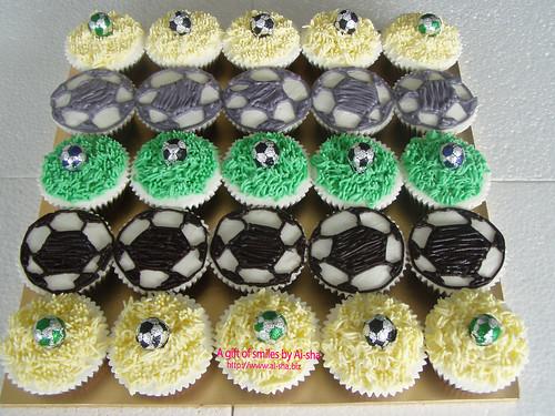 Football Cupcakes Theme