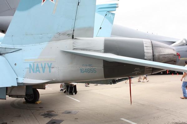 EAA10_FA-18C_074