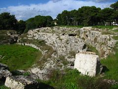 436 - Siracusa, Anfiteatro Romano (Magister_Ludi) Tags: italy italia roman amphitheatre romano syracuse sicily sicilia siracusa anfiteatro