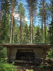 Afternoon Ride 1 (pjen) Tags: santacruz mtb finland nature forest carbon lake fullsuspension nordic freedom boreal maastopyörä pike 275 650b kashima trail bicycle bike 2x11 outdoor vehicle 5010 5010cc 50to01 leanto summer laavu hiilikuitu