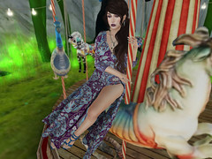 Lonely Carousel (Veruca.Beck) Tags: carousel merry go round pattern ethereal surreal shoes dress boho goodwitch stilettonails makeup toes mesh bento snap photo screenshot secondlife sl virtual girl woman avatar truth atomic catwa maitreya ison yummy appliers