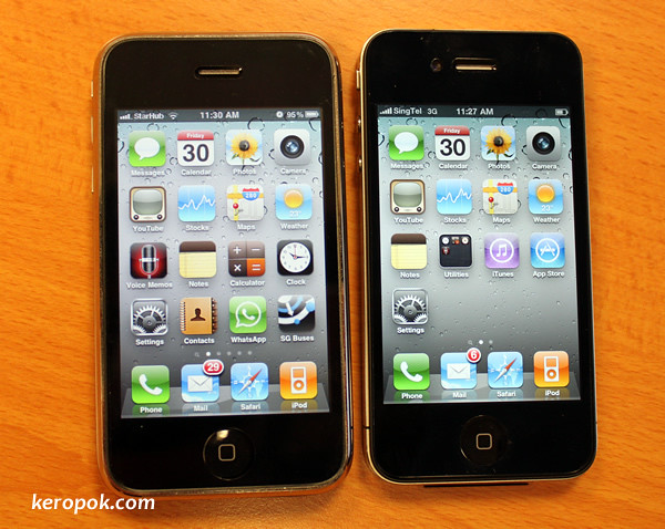 iPhone 3GS with the iPhone 4