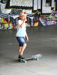 Funky junior (Peter Denton) Tags: city uk boy england baby london graffiti child candid eu funky southbank skateboard junge ragazzo garcon londonist canoneos400d southbankskatepark ©peterdenton