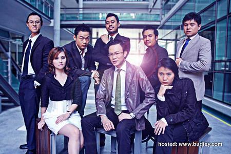 DigiTNL - Seated L-R - Chloe, Ong, Jazz, Standing L-R - Daniel, Kheng, Suren, Radzi, Norman