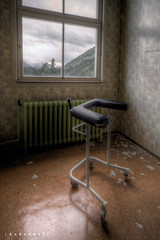 Longing ([AndreasS]) Tags: old urban mountain building history abandoned window norway trash canon buildings hospital dark lost eos norge closed mood view place floor oven decay empty grunge explorer eerie location creepy patient equipment medical ill forgotten urbanexploration 5d mold sanatorium overlook exploration sick desolate asylum derelict m2 hdr decayed dereliction longing infection hdri ue mii sykehus treatment enclosed urbex tuberculosis sted mark2 contagious forlatt asyl forfall smitte steder photoexploring tuberkolose forlatte uexplorer photoxploring