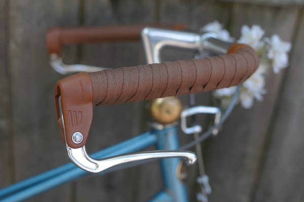 30/'s style Old bicycle Handlebars with grips and both rod brake levers