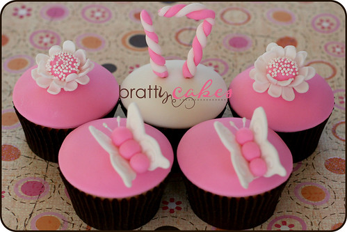 Sweet Seventeen Bday Cupcakes