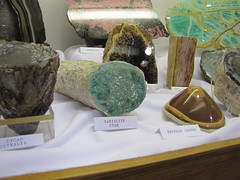 closer on Alec's (dardilrocks) Tags: friends arlington texas display 2010 september4 variscite gemshow