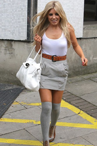 MKing_GL_11aug10_rex_b_592x888mollie king overtheknee socks