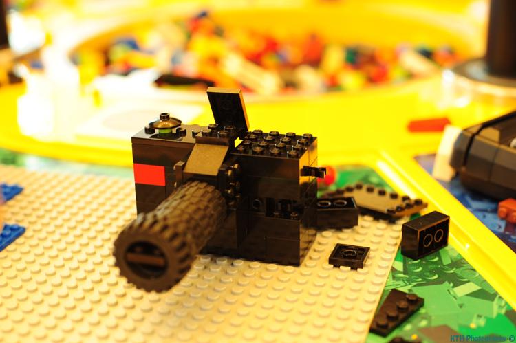 Lego Nikon 2