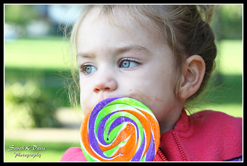 Nora & the Lollipop
