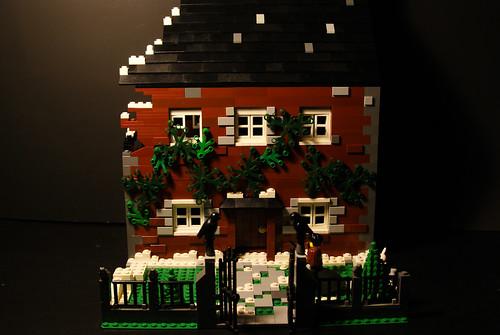 Lego Harry Potter Godrick's Hollow (1 of 17)