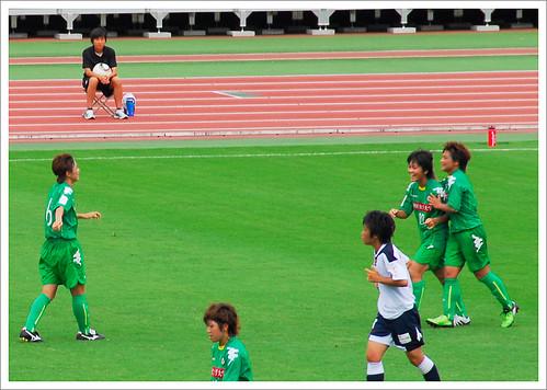 岩渕真奈・アシスト後@日テレ・ベレーザ VS INAC神戸_201008