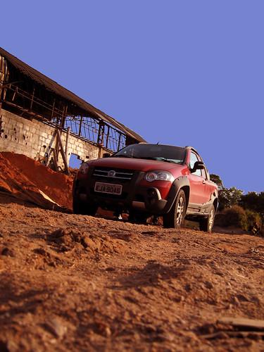 fiat strada adventure. Fiat Strada Adventure Locker.