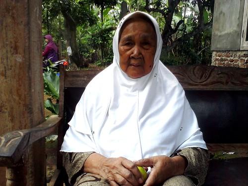 Nenek 2