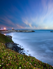 Santa Cruz, I miss you (Jinna van Ringen) Tags: longexposure sea santacruz lighthouse night canon photography evening coast ringen shore lee slowshutter elusive van jorinde jinna leefilters elusivephoto 5dmarkii eos5dmarkii jorindevanringen jinnavanringen chanderjagernath jagernath jagernathhaarlem