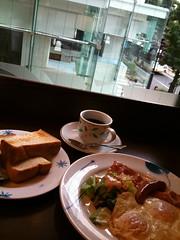 デニーズ渋谷公園通り店でモーニング