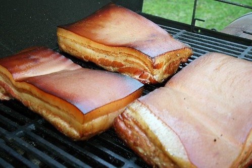 Smoking bacon