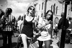 Rush hours even for IT girls :-) (Pierre Mallien) Tags: street uk carnival boss wedding summer england people urban bw en sun london love girl smile fashion canon fun photo mac aperture holidays flickr raw phone belgique britain pierre candid stage sunny it shades pit days rush londres tuesday carnaval metropolis hours streetphoto portobello mariage rue mode pour nottinghill tous londonist streetphotographer britania originaliphoto rawstreet pitvanmeeffe 5dmark2 mallien pierremallien rechercheunphotographemariage stagephotobelgique walloniestage lemeilleurphotographedemariagedebelgique