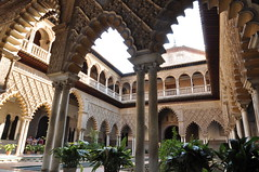 Real Alcazar Sevilla - merletti (Starlightworld) Tags: detail real spain seville alcazar andalusia palazzoreale siviglia merletti starlightworld stilemoresco
