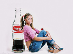 Coca-Cola (Reografie) Tags: girls woman girl studio shoot cartoon always cocacola lovely ans pinup beautifull spijkenisse fotoshoot studiofotografie studiofoto potrtret nibbie reografie wwwreografienl