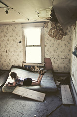 (yyellowbird) Tags: wallpaper house abandoned girl washington bedroom cari mattress